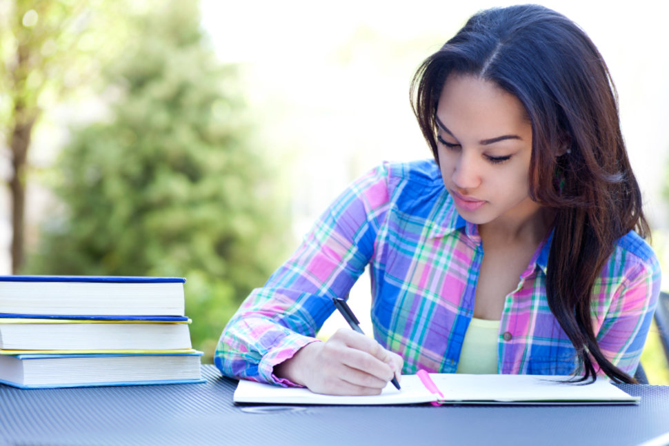 creative writing in english online course Applying to creative writing courses applications to creative writing workshops are now online and processed through submittable please make an account with submittable and submit a separate application for each workshop to which you are applying.